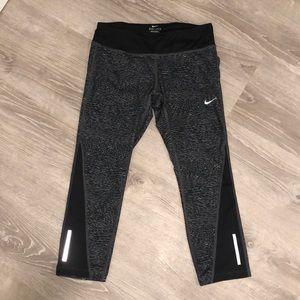 Nike Crop Workout Leggings
